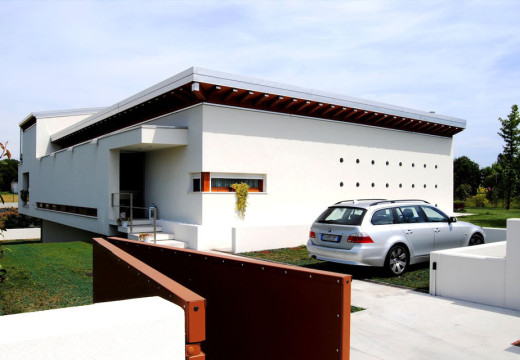 BIO-HOUSE: L'ARMONIA TRA UOMO E NATURA