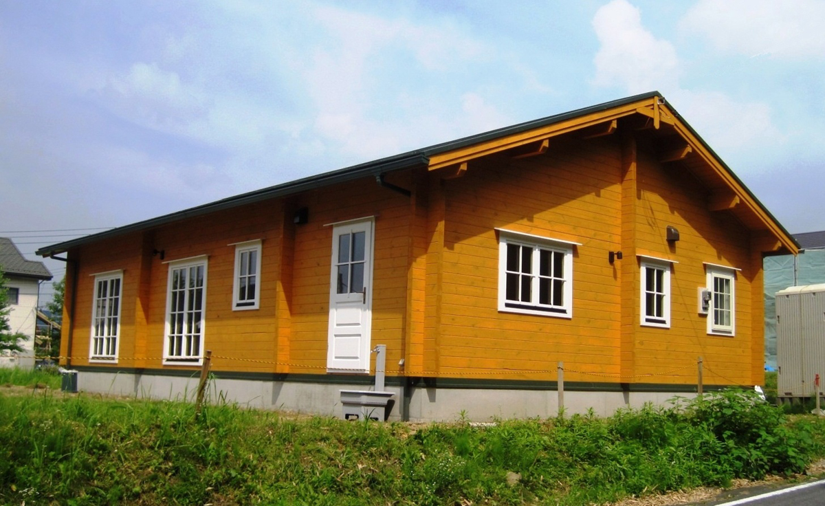 Una casa prefabbricata economica - Costruire casa di legno ...