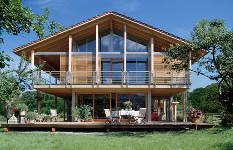 Vano scala e dispersioni in una casa di legno for Comprare una casa di legno