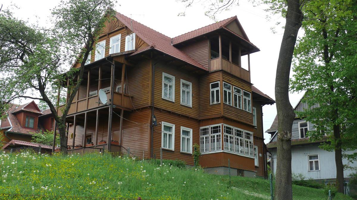 Isolare una vecchia casa in legno - Rendere antisismica una vecchia casa ...