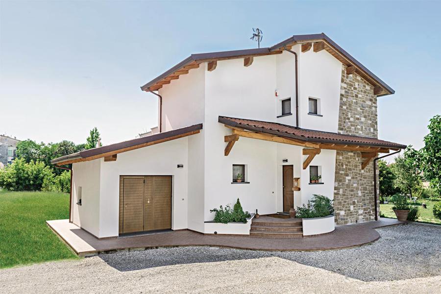 Lacost case in legno livorno toscana 02 for Durata casa in legno