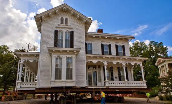 Casa in legno su ruote for Casetta prefabbricata su ruote