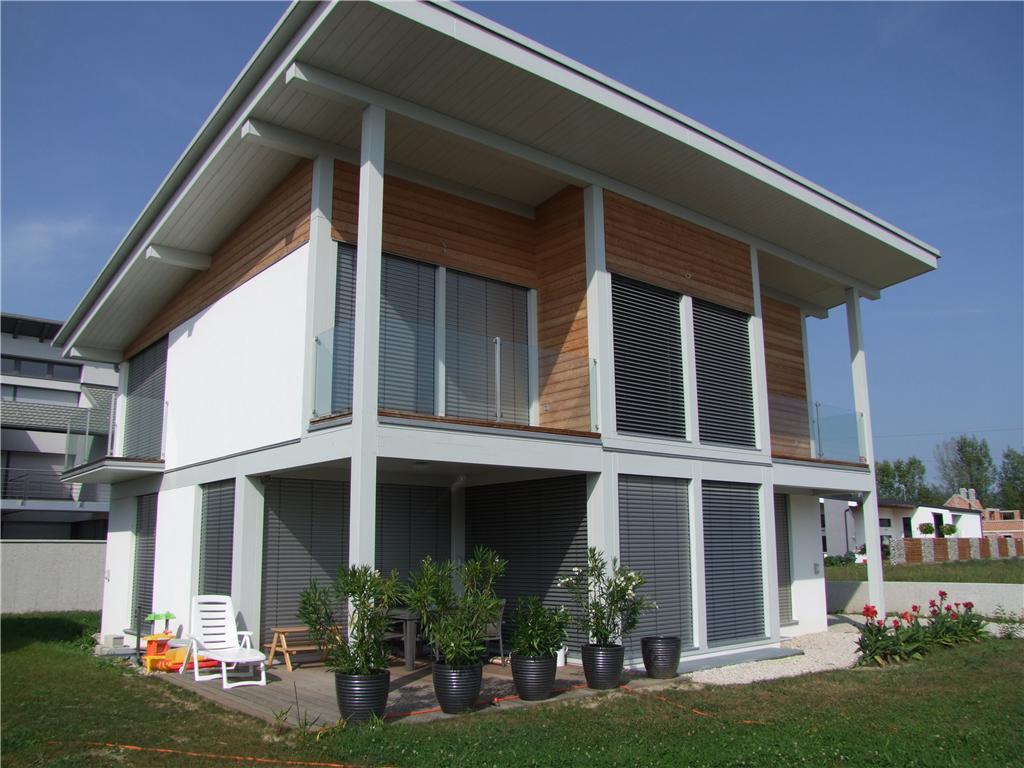 Il preventivo per una casa in legno bifamiliare - Costo di una casa in legno ...