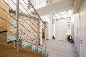 Case in legno moderne interni