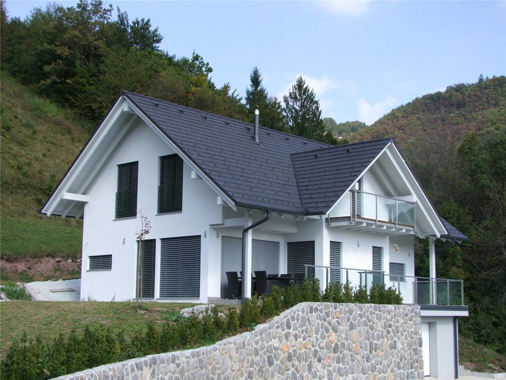 Una casa prefabbricata sopra un solaio esistente ...