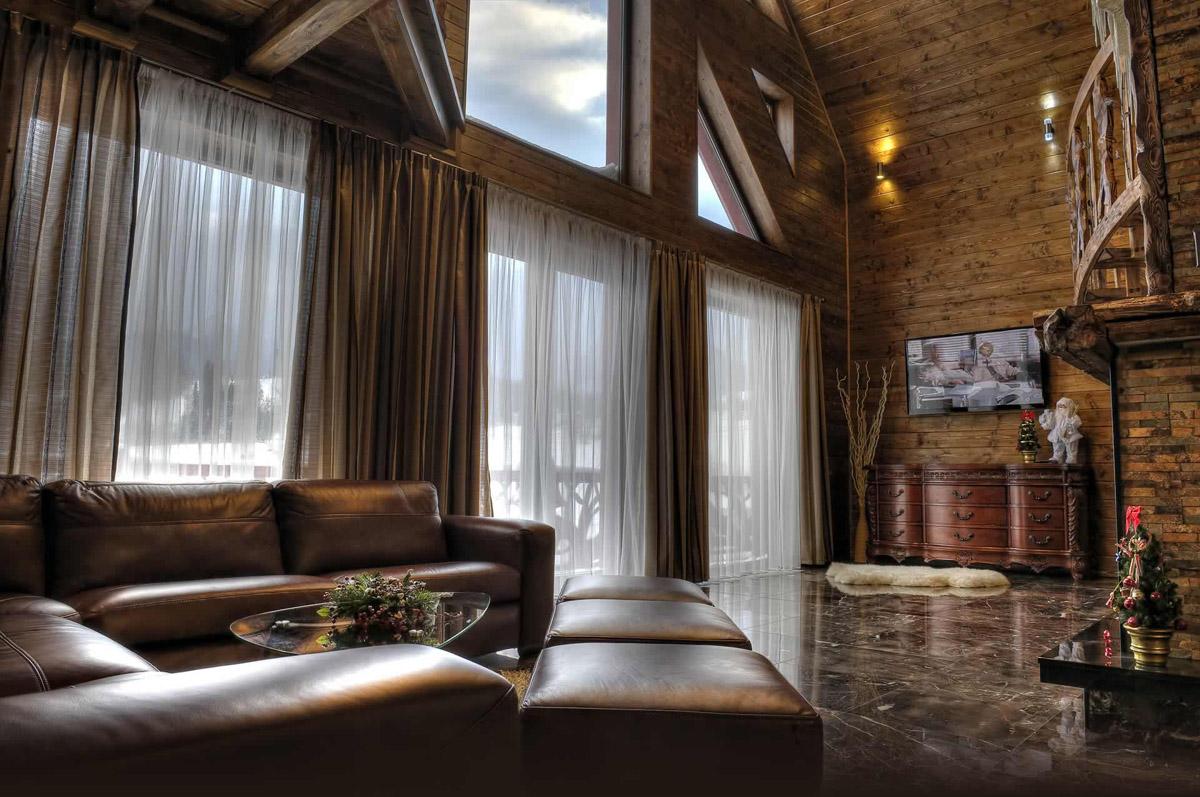 Case in legno e vetro for Case con vetrate
