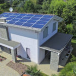 Vibrobloc Casa Prefabbricata in Legno in Stile Moderno Chiavi in mano con Panneli Solari